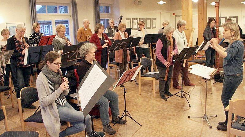 """Blockflöten-Tag mit dem """"Angeliter Blockflöten-Orchester"""" in Mittelangeln-Satrup, Kulturzentrum """"Alte Schule Satrup"""" am 2.2.2019"""