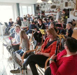 "April 2019: KUMASTA ""Stapels Musikanten"" in Erfde in gemeinsamer Probe"